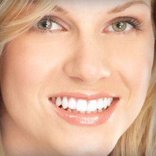 How to Choose the Best Smile Makeover Dentists in Houston, TX