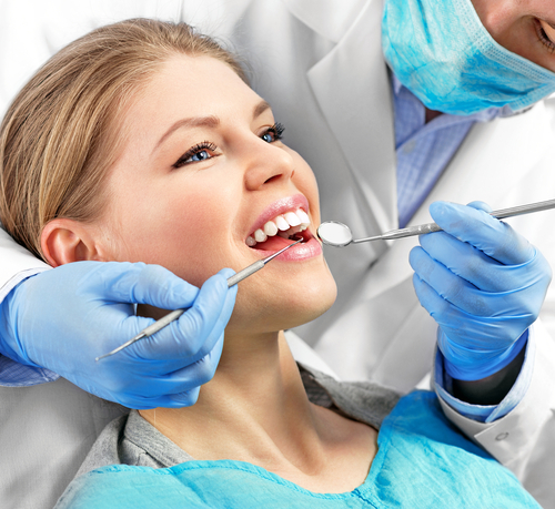 How to Identify a Dental Implant Specialist