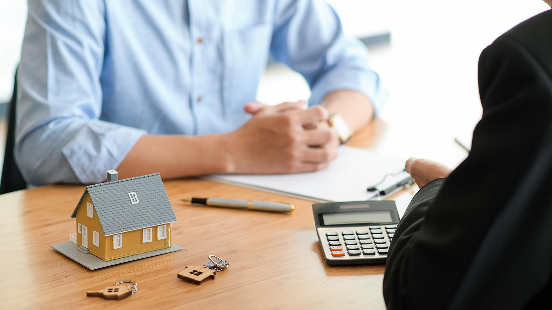 How Do I Become a Personal Loan Broker?